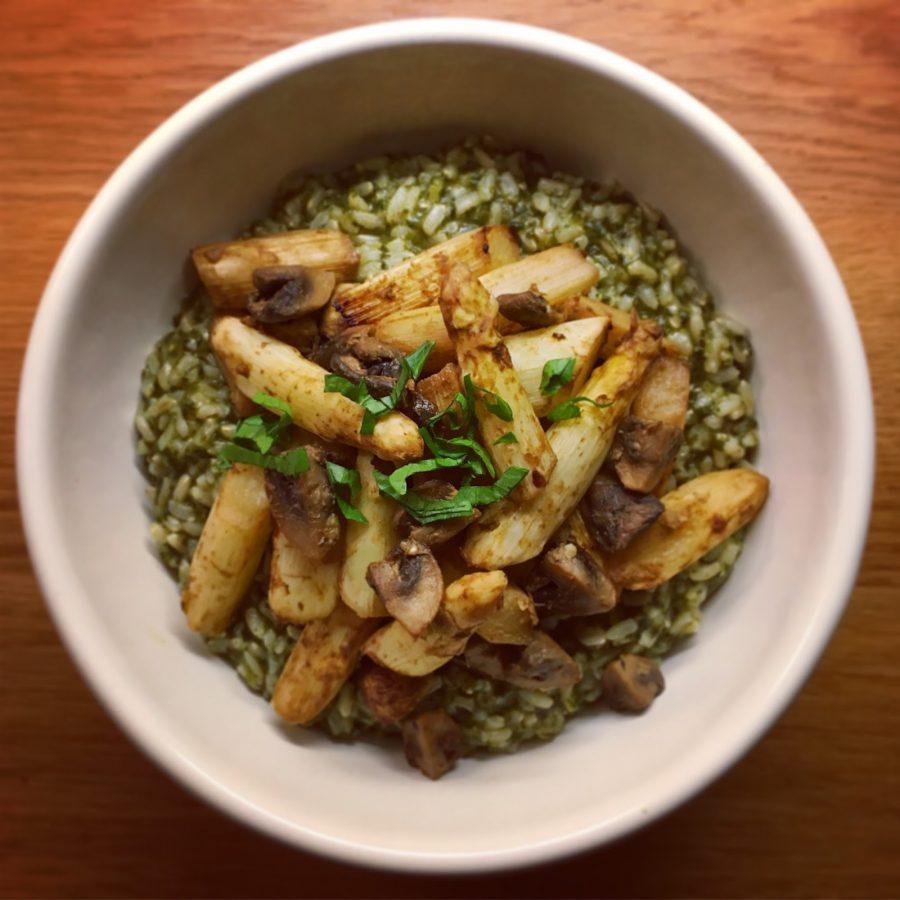 Recette végane d'un riz aux épinards et asperges au four sur plantastique.com