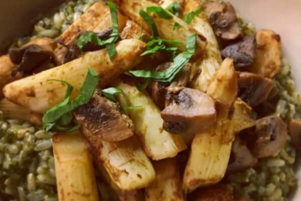 Recette de riz aux épinards, asperges et champignons