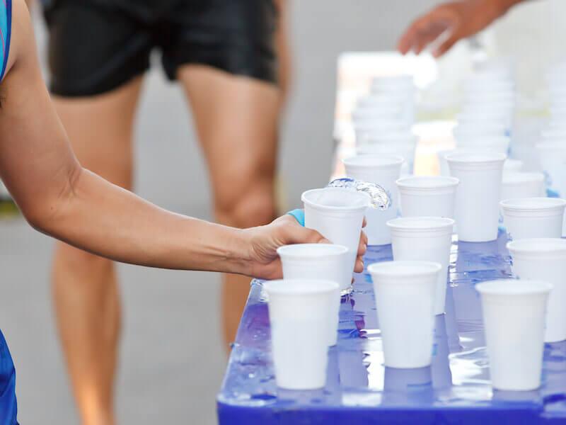 De meilleures performances sportives grâce à une bonne hydratation